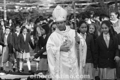 Alfombras en honor a la Virgen del Perpetuo Socorro cubrieron doce cuadras de la ciudad de Pedro Juan Caballero