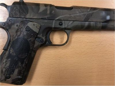 Fiscalía presume que arma sería un regalo para ex director de Tacumbú