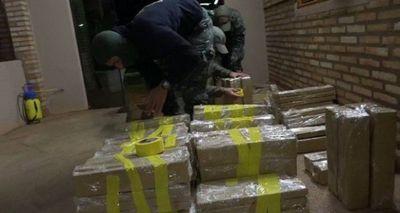 Dos detenidos con alrededor de 400 kilos de marihuana en PJC
