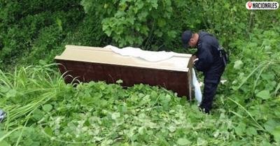 Macabro hallazgo en Luque: cadáver en descomposición estaba en un ataúd