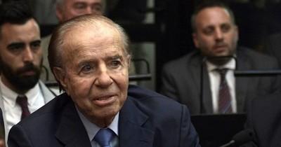 Expresidente argentino Menem nuevamente hospitalizado
