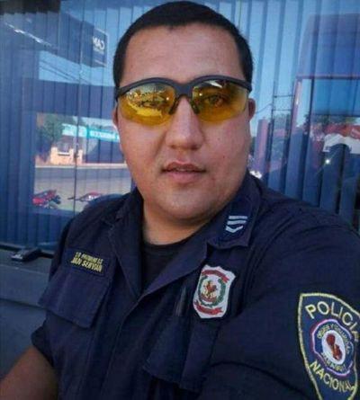 Policía detenido como sospechoso de integrar gavilla que asaltó a comerciantes