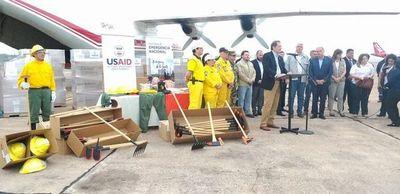 Estados Unidos dona equipos a los bomberos por valor de USD 1 millón