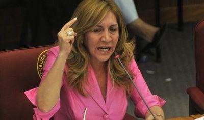Gómez pide perdón por votar a favor del préstamo de los USD 1600 millones y estalla contra la corrupción en Salud