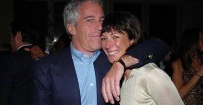 "HOY /  FBI detiene a ""socialite"" británica Maxwell, cómplice del magnate Jeffrey Epstein"