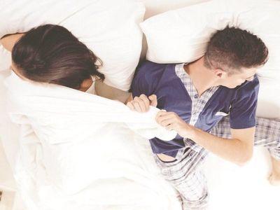 Pelea de parejas y otros conflictos que trae el frío