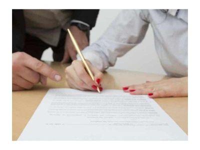 Por salir de garante, su ex le metió en una feroz cuenta