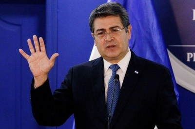 Presidente Honduras deja el hospital tras recibir alta médica de COVID-19