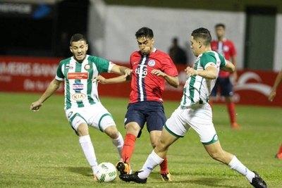 'Chelo' Estigarribia: 'Sería bueno volver a jugar en el fútbol paraguayo'
