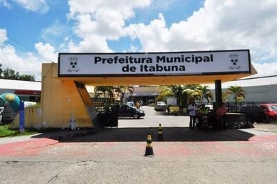 """HOY / Un alcalde de Brasil anuncia apertura del comercio """"muera quien muera"""""""