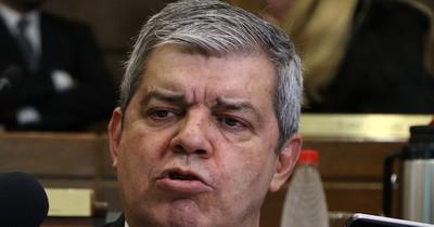 Riera pide a Abdo cambiar su gabinete y rodearse de gente creíble