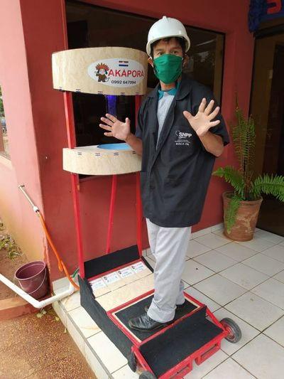 "Jóvenes inventan lavamanos ""Akãporã"