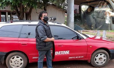Modo Covid de vivir; Taxistas adecuan móviles – Prensa 5