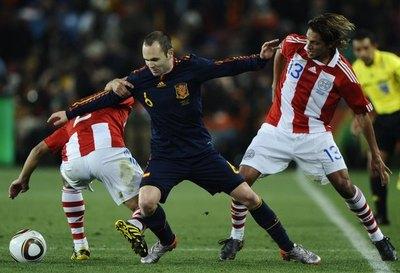 Iniesta recordó el 'complicadísimo' partido contra Paraguay en Sudáfrica 2010