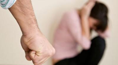 Al menos 100 policías tienen denuncias por violencia intrafamiliar