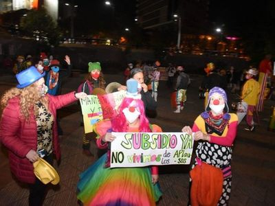 Toreros, payasos y artistas de circo piden volver a trabajar o subsidio