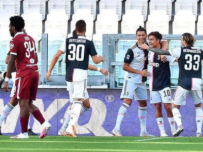 Juventus se adueña del derbi de Turín