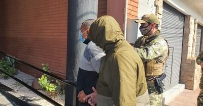 Llegan militares y expolicía para brindar declaración por caso arsenal incautado en Luque