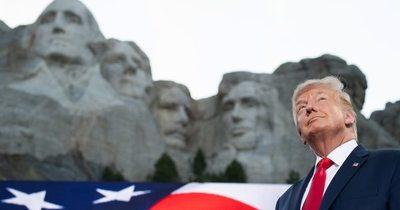 El virus, protestas y el duro tono de Trump ensombrecen el fin de semana del 4 de julio