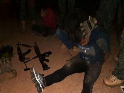 En Bella Vista, brasileños fueron Detenidos con AK-47 y AR-15