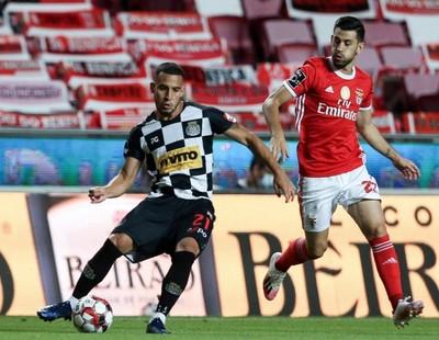 Benfica supera al Boavista, que tuvo a Fernando Cardozo