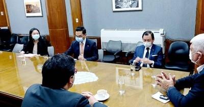 Taiwán donará 2 buses eléctricos y planean abrir un centro de ensamblaje
