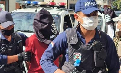 Fiscalía imputa a tres personas vinculadas al tráfico de armas