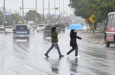 Domingo con lluvias dispersas