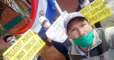 Asociación de caddies del Asunción Golf Club se manifestó exigiendo volver a trabajar