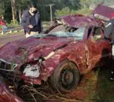 Accidente fatal deja 2 muertos