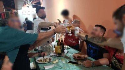 Contagios: pocos en lugares de trabajo y muchos en fiestas