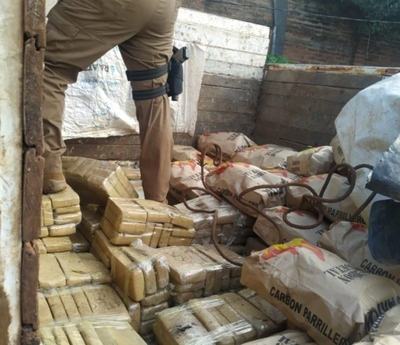 Incautan 873 kilos de marihuana en Itapúa