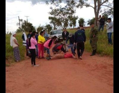 Joven falleció tras accidentarse en un camino vecinal en zona rural del distrito de Capitán Bado