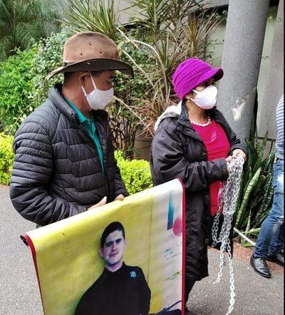 """""""Yo digo que ya le asesinaron"""", madre de Edelio Morinigo sobre su hijo"""