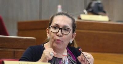 """Zulma Gómez: """"Mazzoleni no cumplió su promesa de equipar hospitales, vivimos de donaciones"""""""