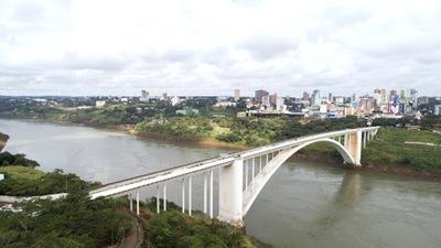 Alerta máxima en la frontera tras fuga de miembros del PCC de una cárcel provisoria del Brasil
