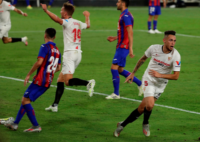 Sevilla se aferra a la clasificación a Champions League