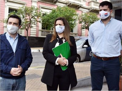 Diputados urgen respuestas sobre investigaciones de corrupción en pandemia