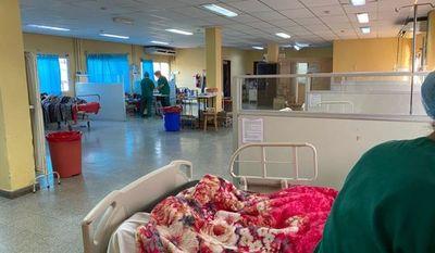 No hay lugar  en   terapia intensiva ni en Urgencias del Hospital de Clínicas