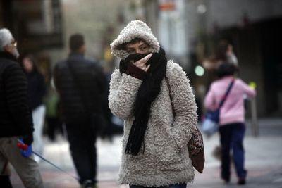 Anuncian ingreso de frente frío y lluvias dispersas para hoy