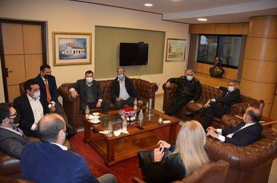 Abdo busca apoyo del Congreso a su plan de reactivación económica
