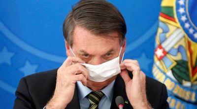 Bolsonaro da positivo al coronavirus y se trata con cloroquina