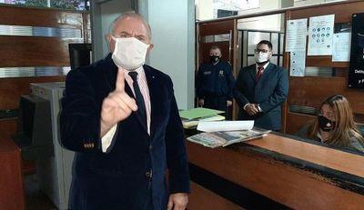 Denuncian a Humberto Rosetti por supuesto enriquecimiento ilícito
