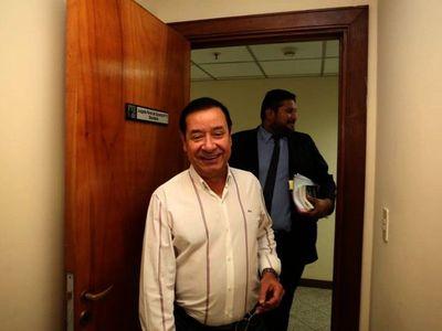 Fiscalía consigue 6 meses más para investigar a Miguel Cuevas