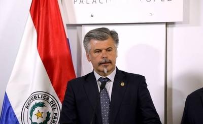 HOY / Arnaldo Giuzzio, titular de la Comisión Especial de Compras Covid-19, sobre el primer informe de control de compras de insumos sanitarios