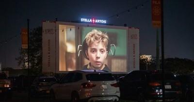 Stella Artois revive la experiencia del autocine en Paraguay