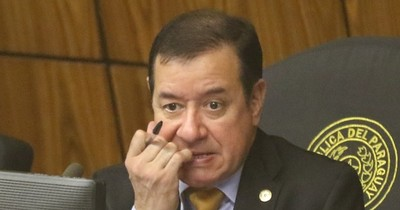 Otorgan seis meses más para investigar al diputado Miguel Cuevas