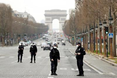 Francia se prepara a una nueva ola de la COVID pero sin confinamiento general