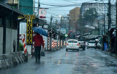 Anuncian un miércoles con precipitaciones y ambiente frío