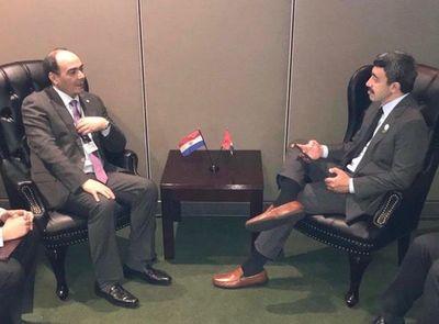 Emiratos Árabes interesado en cooperación con Paraguay y en adquisición de alimentos